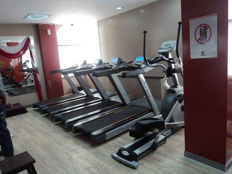 golds-gym-ramghat-road-aligarh-gyms-3y13wza.jpg