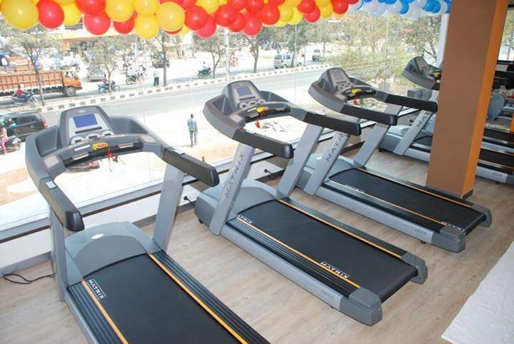 golds-gym-ramghat-road-aligarh-gyms-4fz215p - Copy.jpg